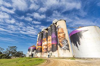Horsham silo art.